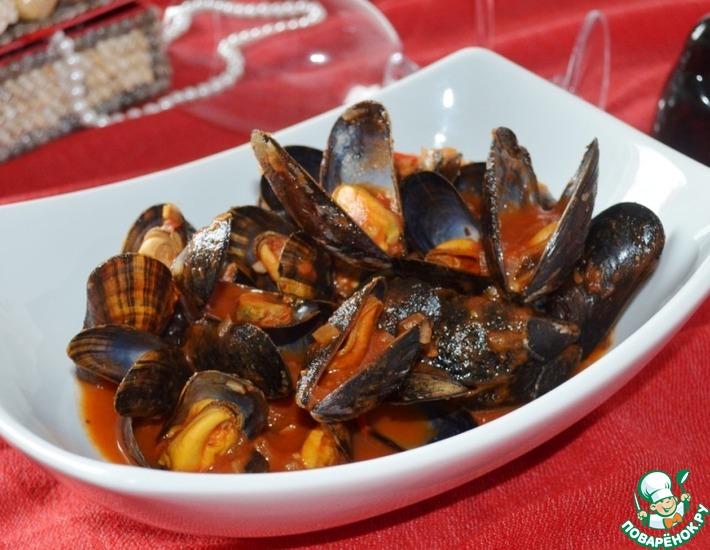 Рецепт: Мидии в томатном соусе Романтический вечер