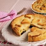 Баскский пирог с заварным кремом и черносливом