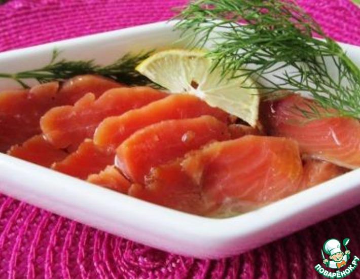 Рецепт: Малосольный лосось в медовом маринаде