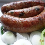 Гриль-колбаска чесночная с луком
