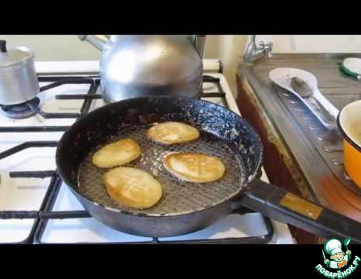 Рецепт: Постные оладушки на дрожжах