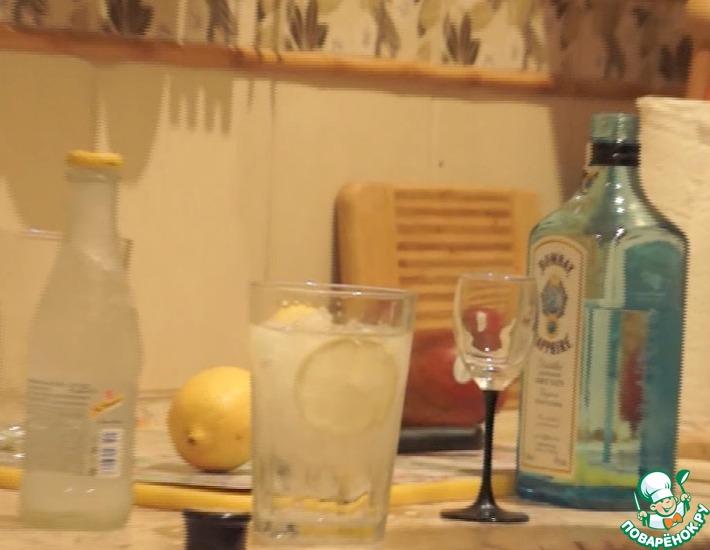 Рецепт: Алкогольный коктейль Джин-тоник