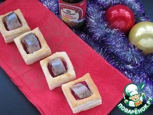 Рецепт Закусочные слойки со свеклой и сельдью