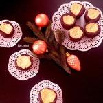 Шоколадные кексы с творожным кремом