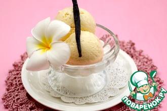 Рецепт: Йогуртовое ванильное мороженое