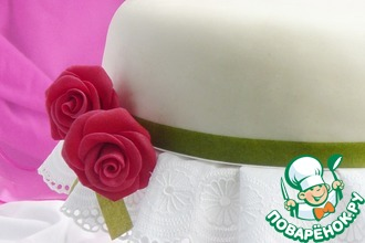 Рецепт: Бисквитный тортик с безе