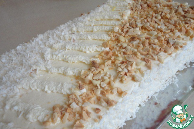 Нежный сливочный торт с безе