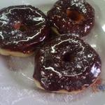 Пончики в шоколадной глазури