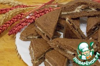 Рецепт: Шоколадное печенье с творожной начинкой