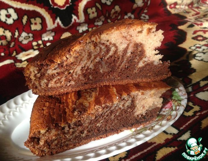 Рецепт: Пирог Клубнично-шоколадная зебра