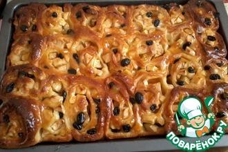 Рецепт: Яблочный пирог Изюминка с абрикосовым джемом