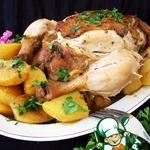 Ароматная курица с картофелем в мультиварке