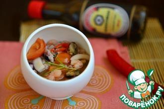 Рецепт: Традиционный китайский суп из морепродуктов