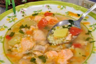 Рецепт: Cуп из сeмги с овощами и пшеном