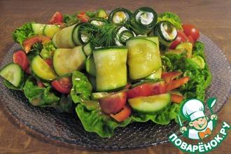 Рецепт: Салат с фаршированными цуккини