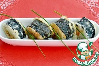 Рецепт: Хрустящие обжаренные роллы с рыбой и икрой