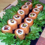 Роллы с лососем, авокадо и болгарским перцем