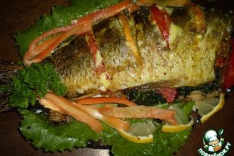 Рецепт: Запеченный карп Улыбка рыбака