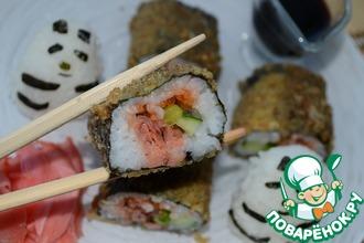 Рецепт: Горячий ролл с рыбой кижуч, огурцом и лососевой икрой