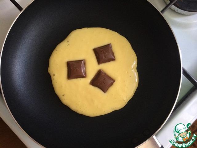 оладьи с шоколадной начинкой