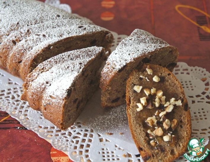 Рецепт: Медово-банановый кекс с орехами и финиками