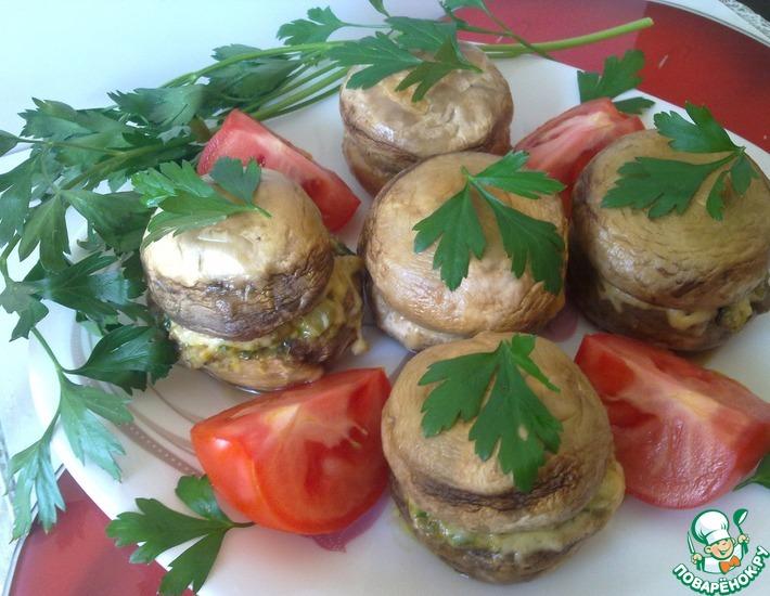 Рецепт: Фаршированные шампиньоны Бочонки