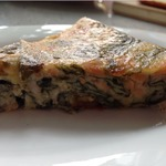 Клафути с лососем и летними овощами