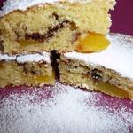 Сладкий пирог с персиками и шоколадом