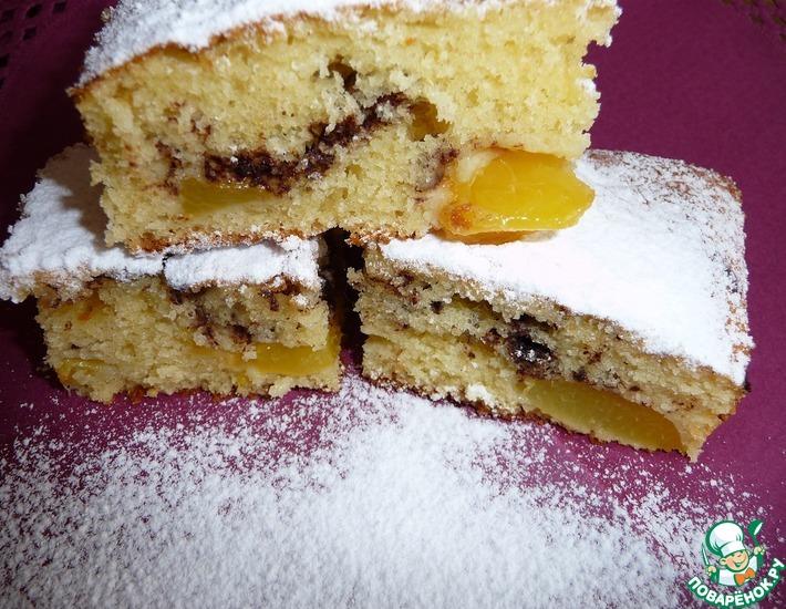 Рецепт: Сладкий пирог с персиками и шоколадом