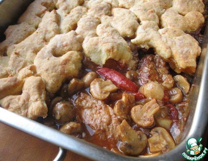 Рецепт: Свинина с грибами и сырными сконами