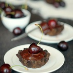 Шоколадно-вишневые тарталетки