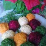 Картофельные шарики разноцветные