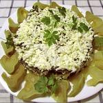 Печёночный торт с овощами и грибами