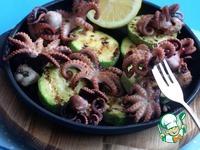 Молодые маринованные осьминоги на гриле с кабачками ингредиенты
