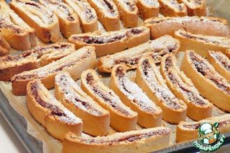 Рецепт: Бискотти с начинкой из шоколада, сгущенки и грецких орехов