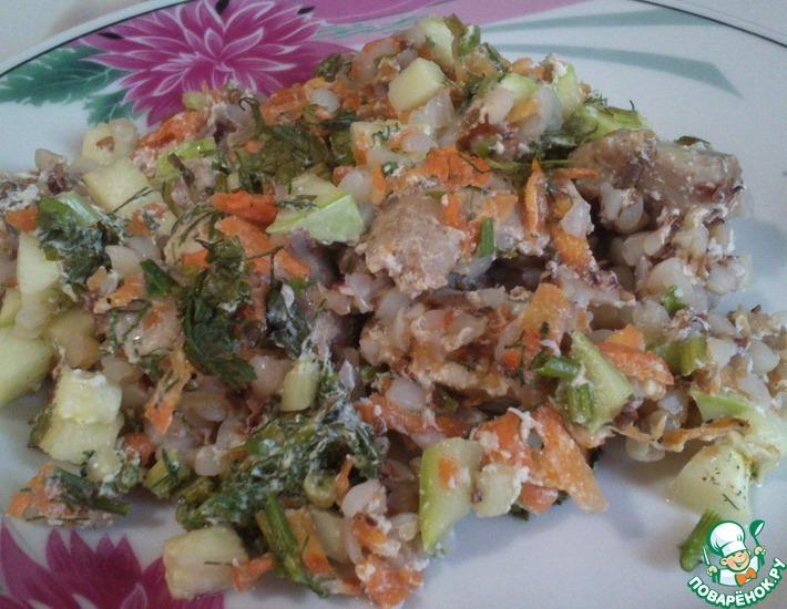 Рецепт: Курица в сметане с овощами и гречкой