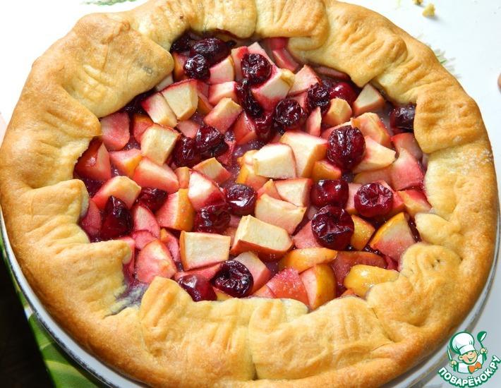 Рецепт: Галета с яблоками и вишней