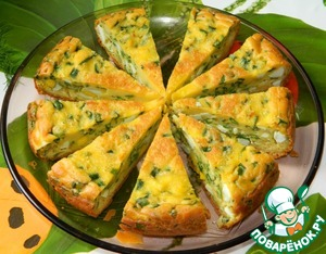 Pie with eggs and green onions