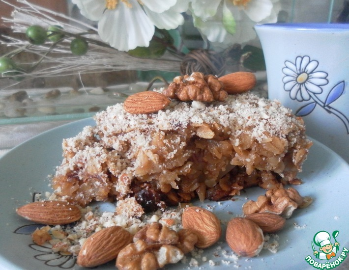 Рецепт: Геркулесовый пирог с яблоками и финиками