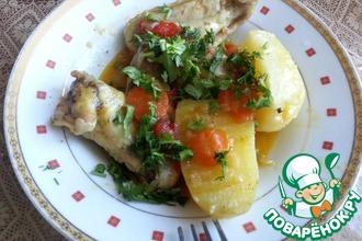 Рецепт: Крылышки с картошкой и с болгарскими перцами