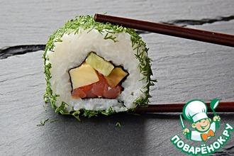 Рецепт: Роллы маки-суши с семгой и омлетом