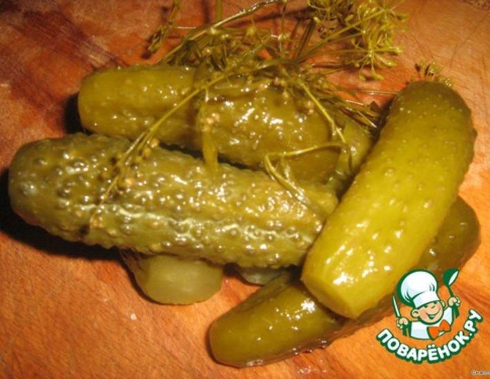 Рецепт: Деревенские соленые огурцы