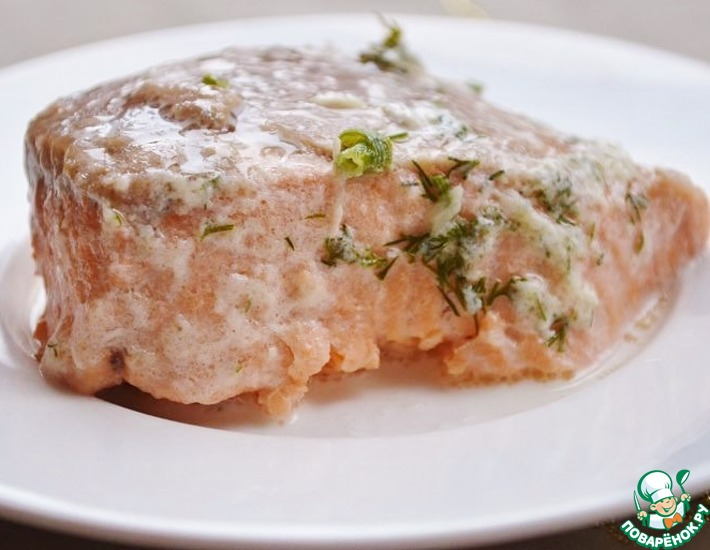 Рецепт: Семга под чесночным соусом в мультиварке