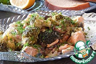 Рецепт: Рагу из красной рыбы с шампиньонами и брокколи