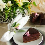 Малиновый Захер торт
