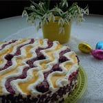 Торт с вишней и яичным ликером