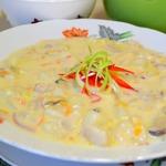 Густой сливочный суп из рыбного ассорти и морепродуктов