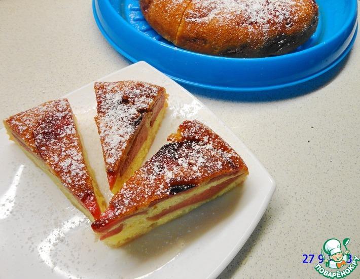 Рецепт: Влажный пирог с айвой (в мультиварке и в духовке)