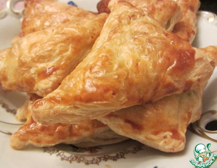 Рецепт: Слоеные пирожки с картофелем и зеленью