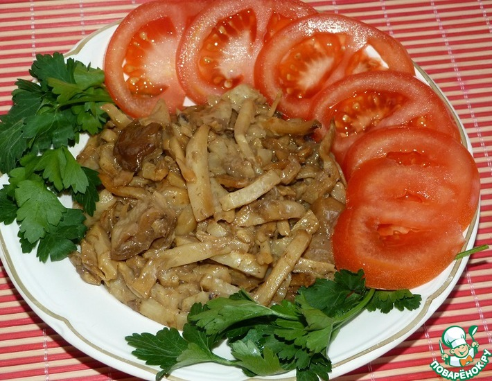 Рецепт: Жареный сельдерей с грибами